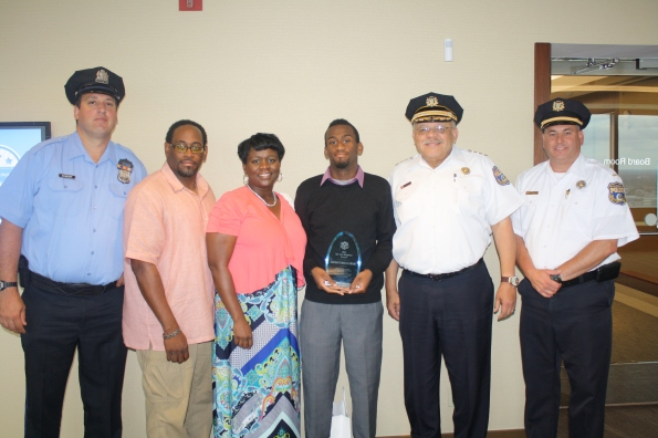 Demetrius Frye with his parents, Tacony PAL Center Director P/O Bill Schneider, PAL Commanding Officer Lt. Bill Eddis and Police Commissioner Charles H. Ramsey